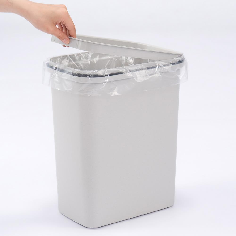 組立不要 キッチン分別タワーダストボックス 4分別 ゴミ箱タイプ ゴミ袋を設置する際の、ゴミ袋止め付き。