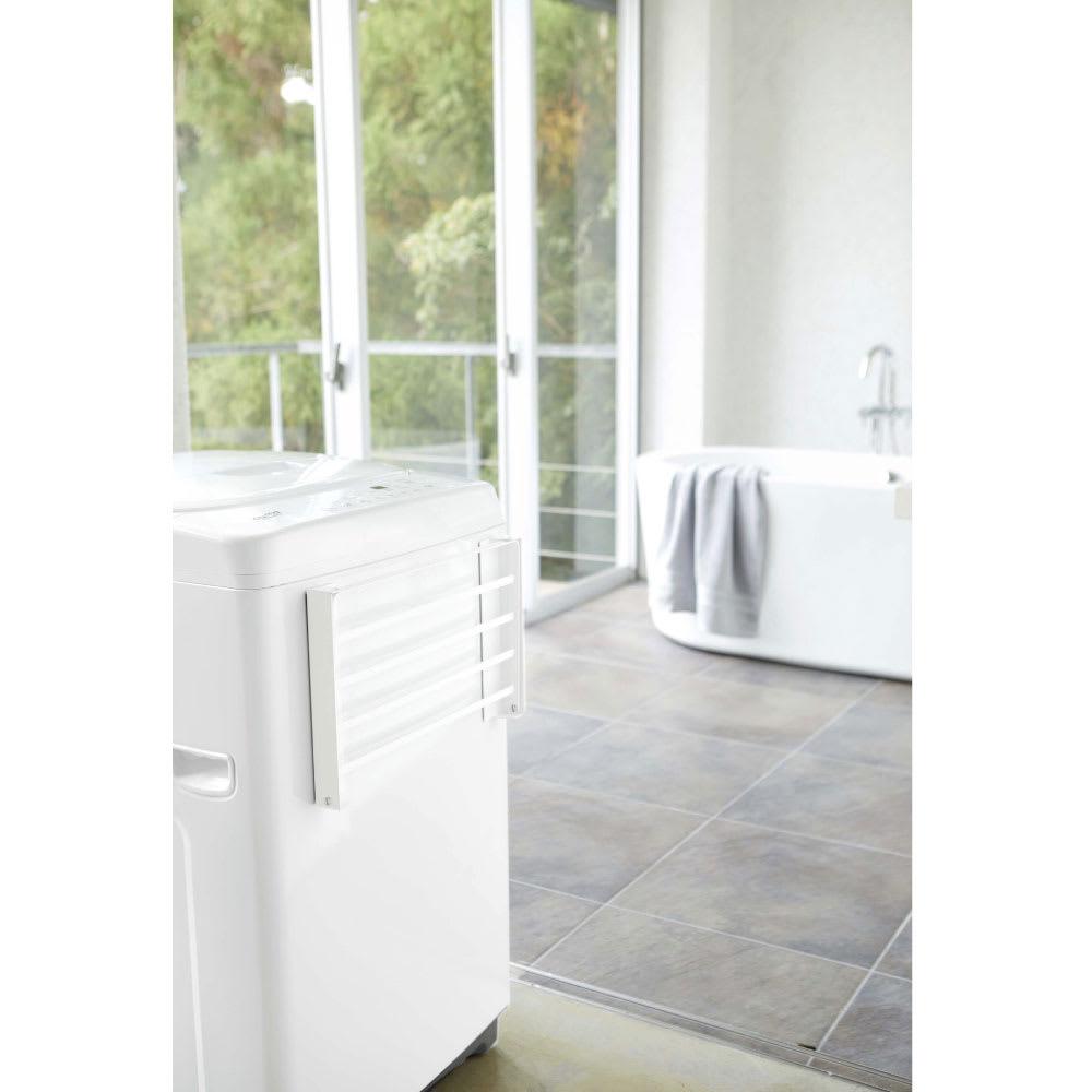 洗濯機マグネット折り畳み棚 使用イメージ(ア)ホワイト