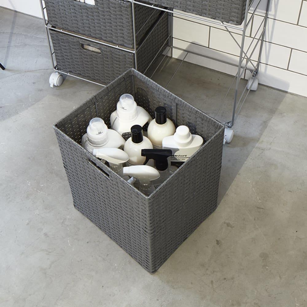 ラタン調ランドリーチェスト スリムすき間タイプ 幅15.5cm高さ80cm 深い引き出しは背の高いボトルや洗濯物の収納に。
