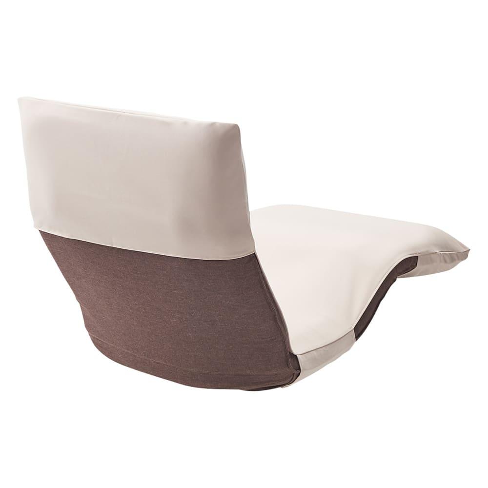 産学共同研究から生まれたネオボディサポートチェアII  ワイド幅65cm専用洗えるカバー 使用イメージ(イ)ベージュ