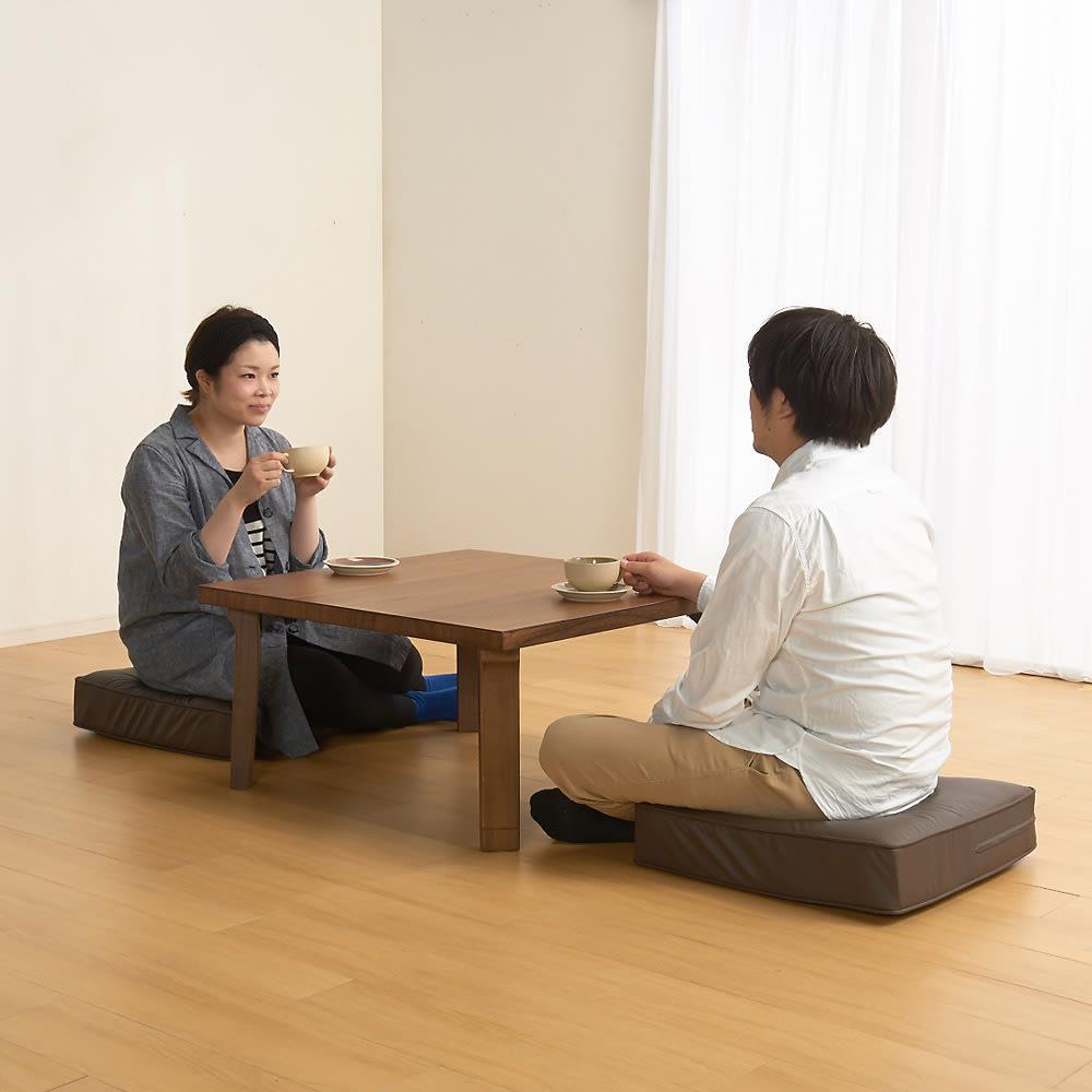 合皮シンプルモダン座布団 角型・同色2枚組 高さ14cmであぐらにもちょうどいい高さ。座った時の安定感があります。
