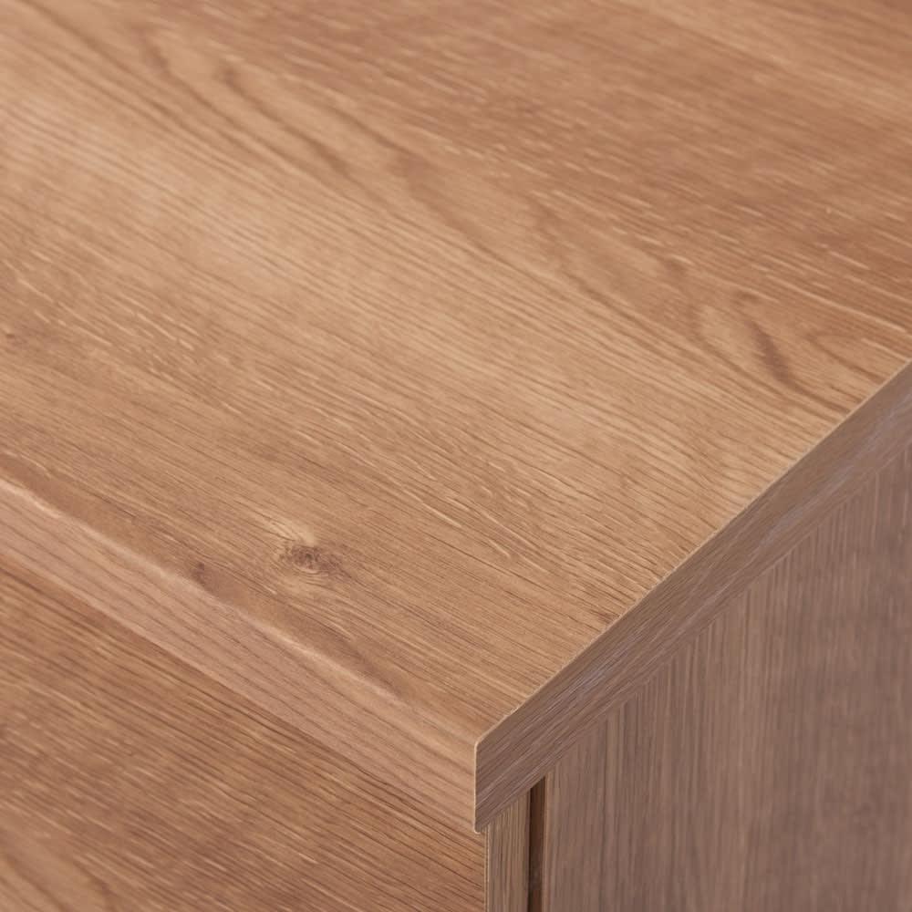 天然木調テレビ台シリーズ スクエアキャビネット 4枚扉 幅75.5高さ75.5cm 角もきれいな仕上がり。
