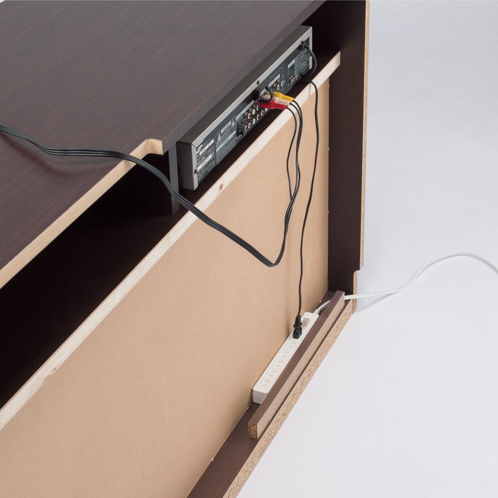 ラインスタイルハイタイプテレビ台シリーズ テレビ台・幅119cm 裏面に配線をまとめる収納スペース付き。