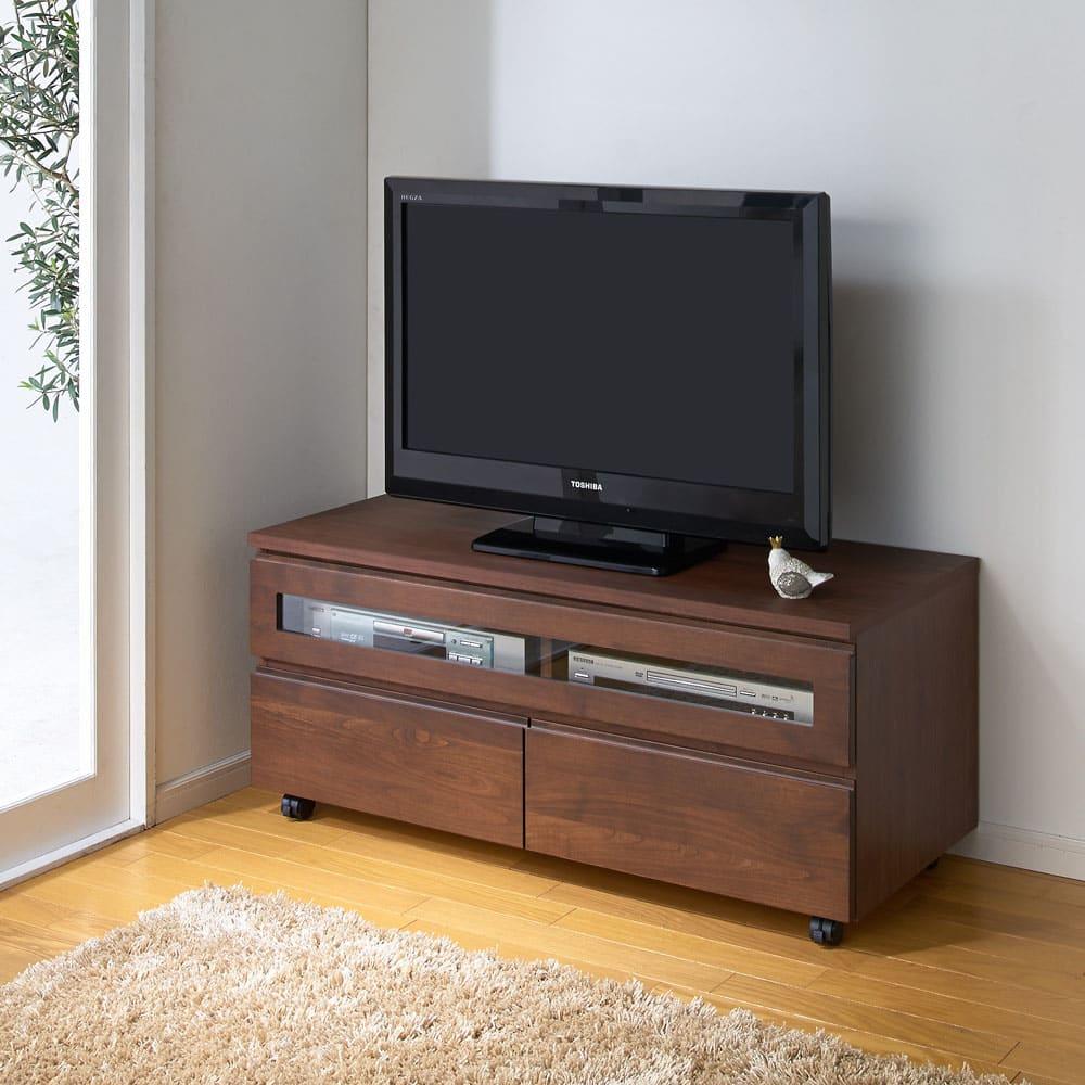 アルダー天然木ユニットボード キャスター付きテレビ台 幅106cm (イ)ダークブラウン テレビは32インチを載せています。