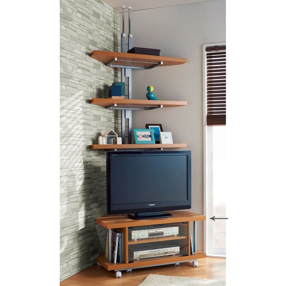 テレビ上の空間を有効活用できるシリーズ コーナー用テレビ台 幅90cm (ア)ナチュラル、液晶テレビに対応。シンプルデザインでお部屋に馴染む人気商品。※テレビ台うしろのコーナー用突っ張りラック3段は別売です。