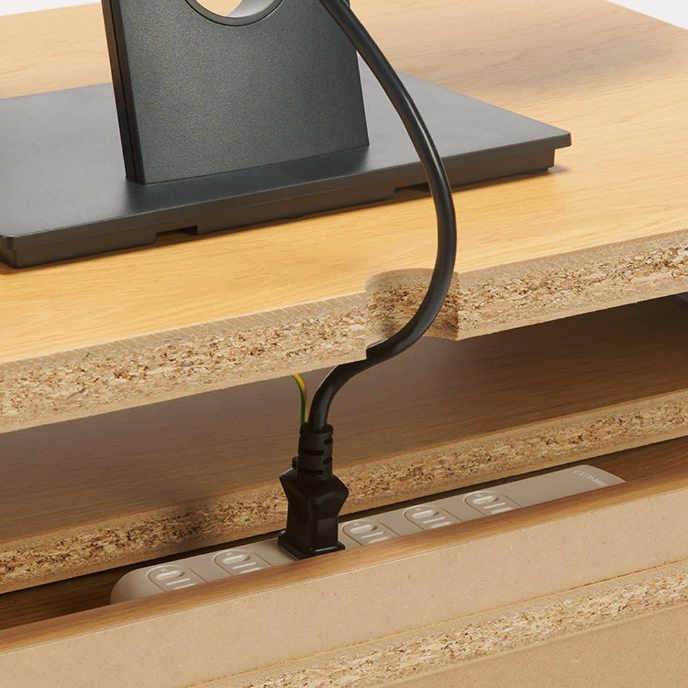 ヴィンテージ調 リビングデスクシリーズ デスク・幅90cm 天板から背面のタップ置きへスマート配線。