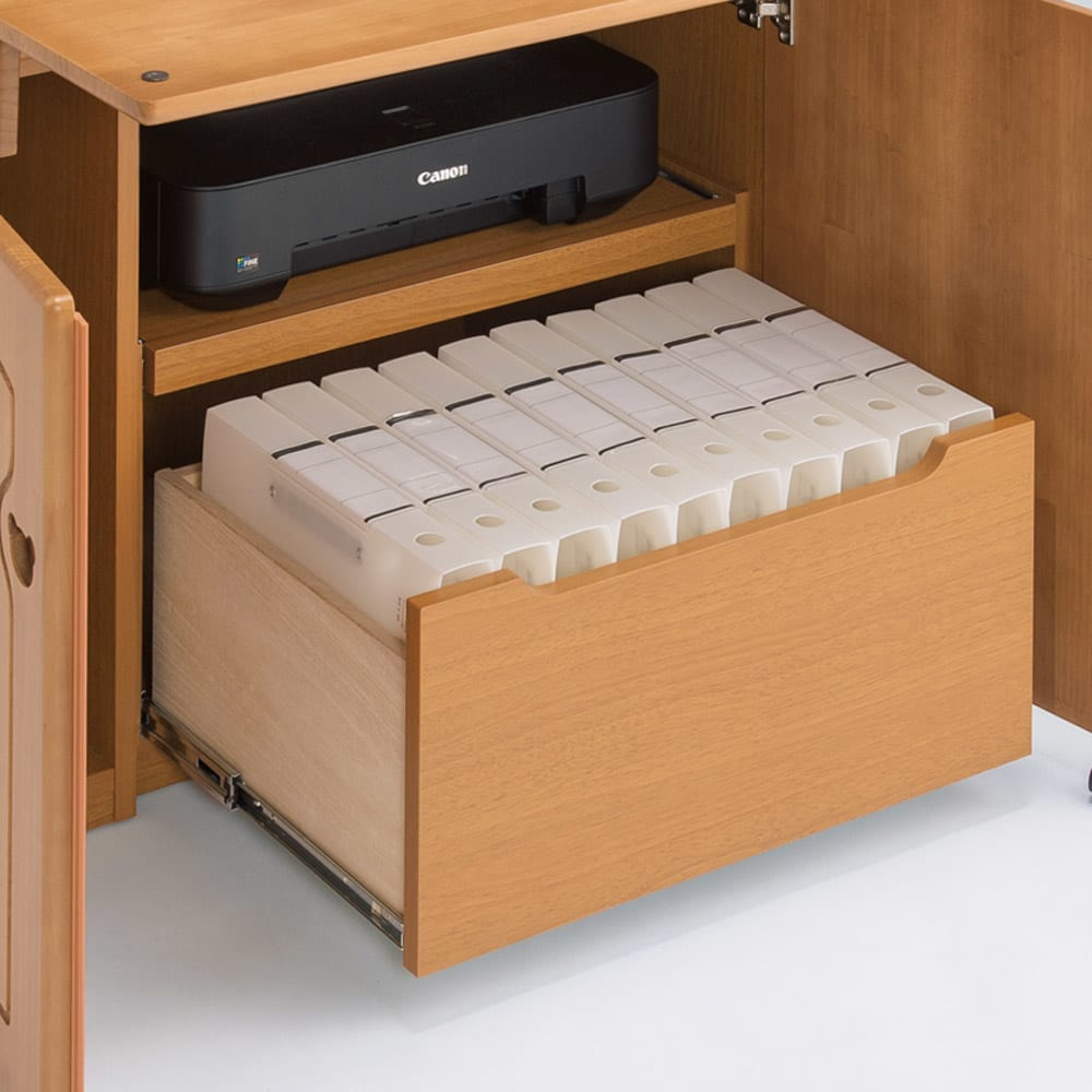 パイン天然木ライティングデスク 幅60.5cm A4ファイルが入る引き出しは、ストッパー付きスライドレール仕様。