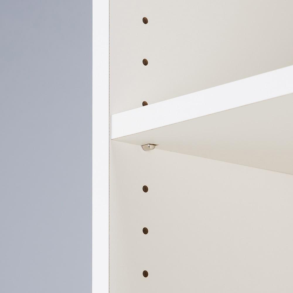 デスクサイド収納ラック 幅30奥行46.5cm (高さ150/180/210cm) 棚板は3cm間隔で調整可能。本や書類など収納物に合わせて可動できます。