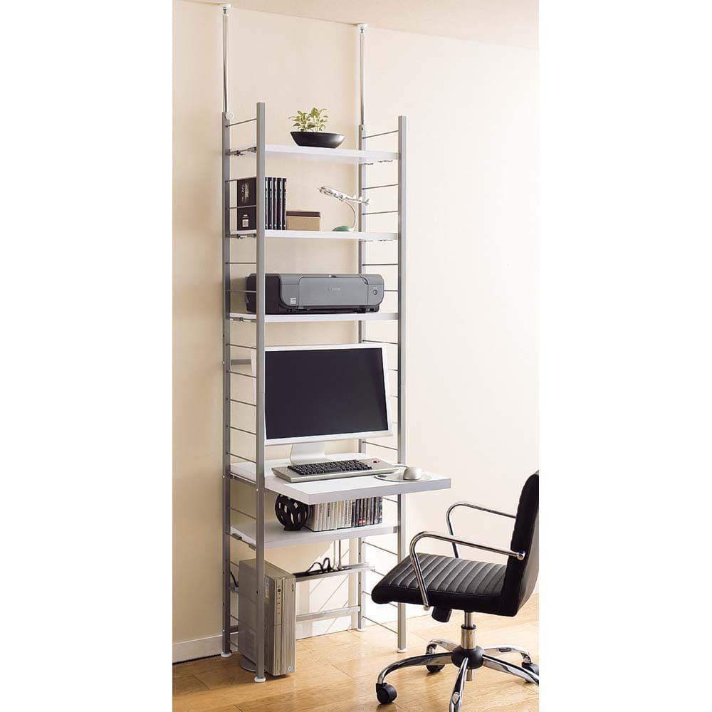 突っ張り式高さ調節シリーズ デスクラック 幅90cm (イ)ホワイト色見本:棚板・天板は10cmピッチで高さ調節ができます。(写真は幅60cmタイプです。※お届けは幅90cmタイプです。)
