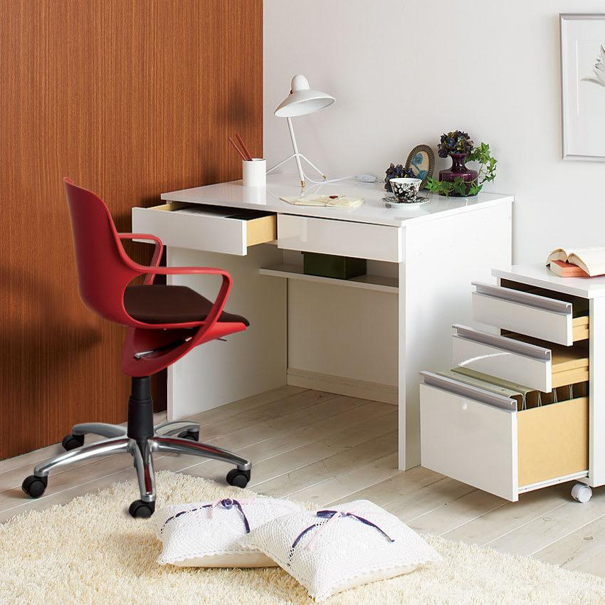 北欧風 昇降式スタイルオフィスチェア (ア)レッド ※現行品は伸長部にあるの黒のパイプカバーが3つから1つへ変更になっております。
