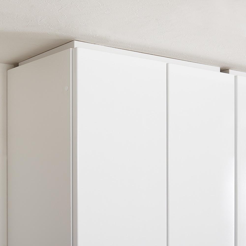 書斎壁面収納シリーズ オーダー対応突っ張り式上置き(1cm単位) 幅116.5cm・高さ26~90cm 上置きは1cm単位で高さオーダーでき、梁下にも対応。