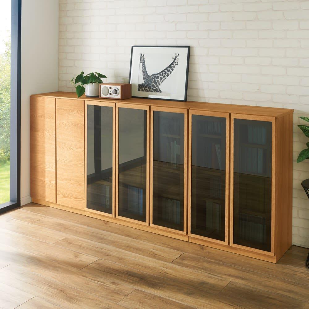 【完成品】扉が選べるオーク材のモダン本棚 板扉 幅90cm ※左から幅60cm 板扉、幅90cm ガラス扉、幅60cm ガラス扉になります。