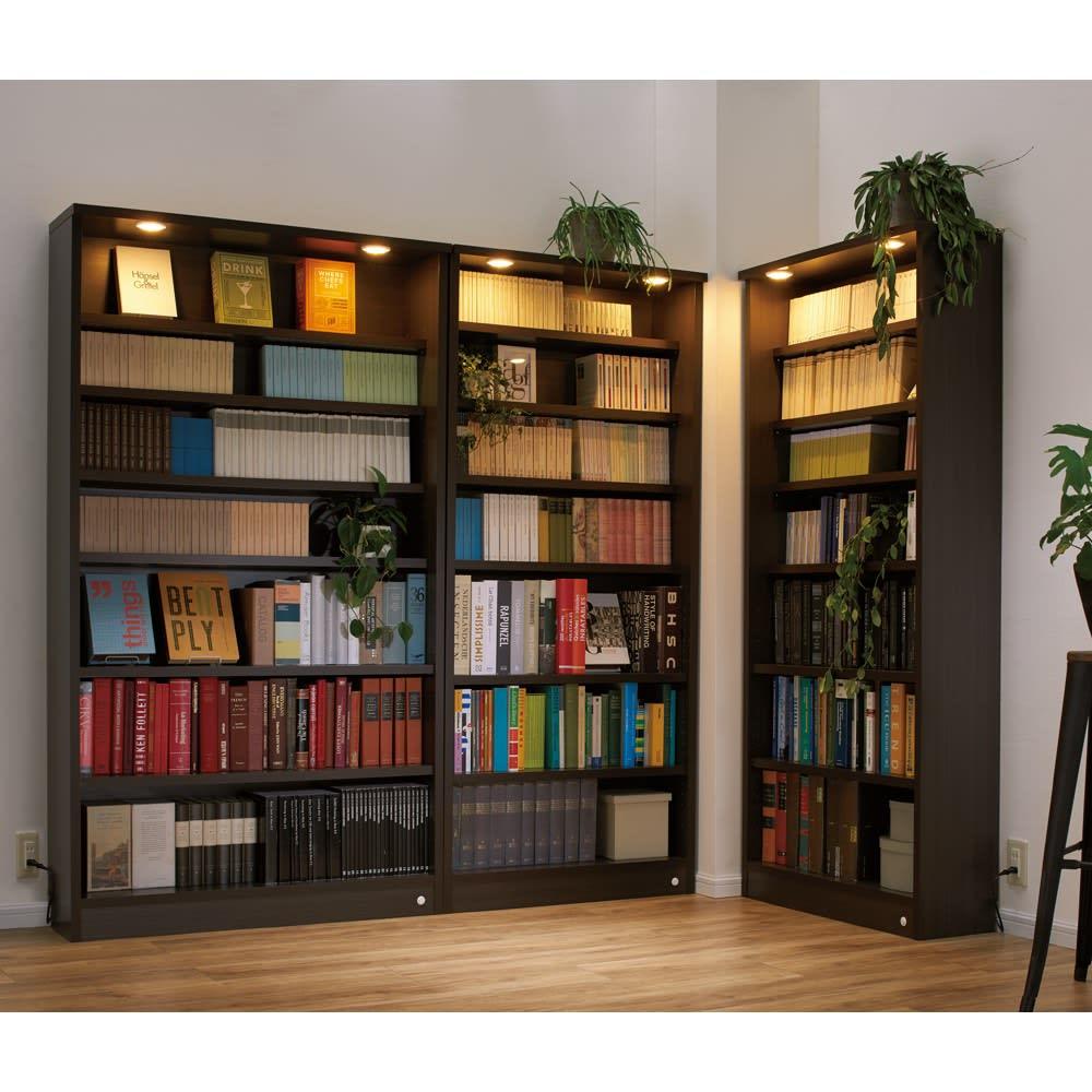 家具 収納 本棚 ラック シェルフ 書棚 ブックシェルフ 美しく本を照らすLED付き 本を愛する人のための書店風本棚 幅80cm 554132