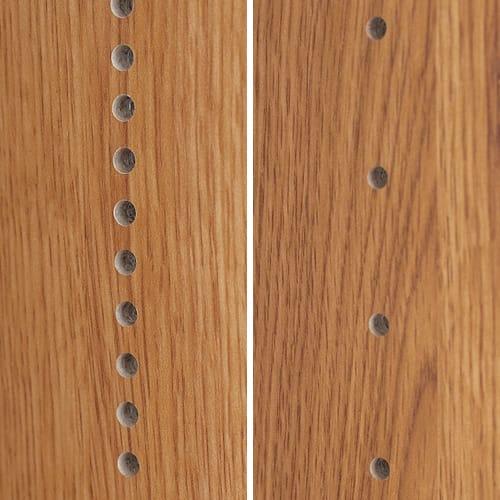 本格仕様 快適スライド書棚 タモ天然木扉付き・上置き付き 3列 手前の棚板は1cmピッチ、奥は3.2cmピッチで高さを調節でき、効率よく本を収納できます。