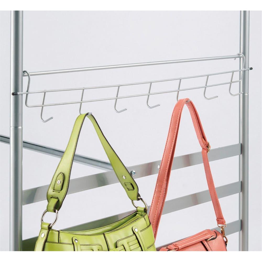 奥行79cm 上下カーテン付き突っ張り頑丈ハンガーラック ロータイプ・【ワイド】幅260~340cm対応 バッグやベルトに便利なサイドフックを1つ付属。