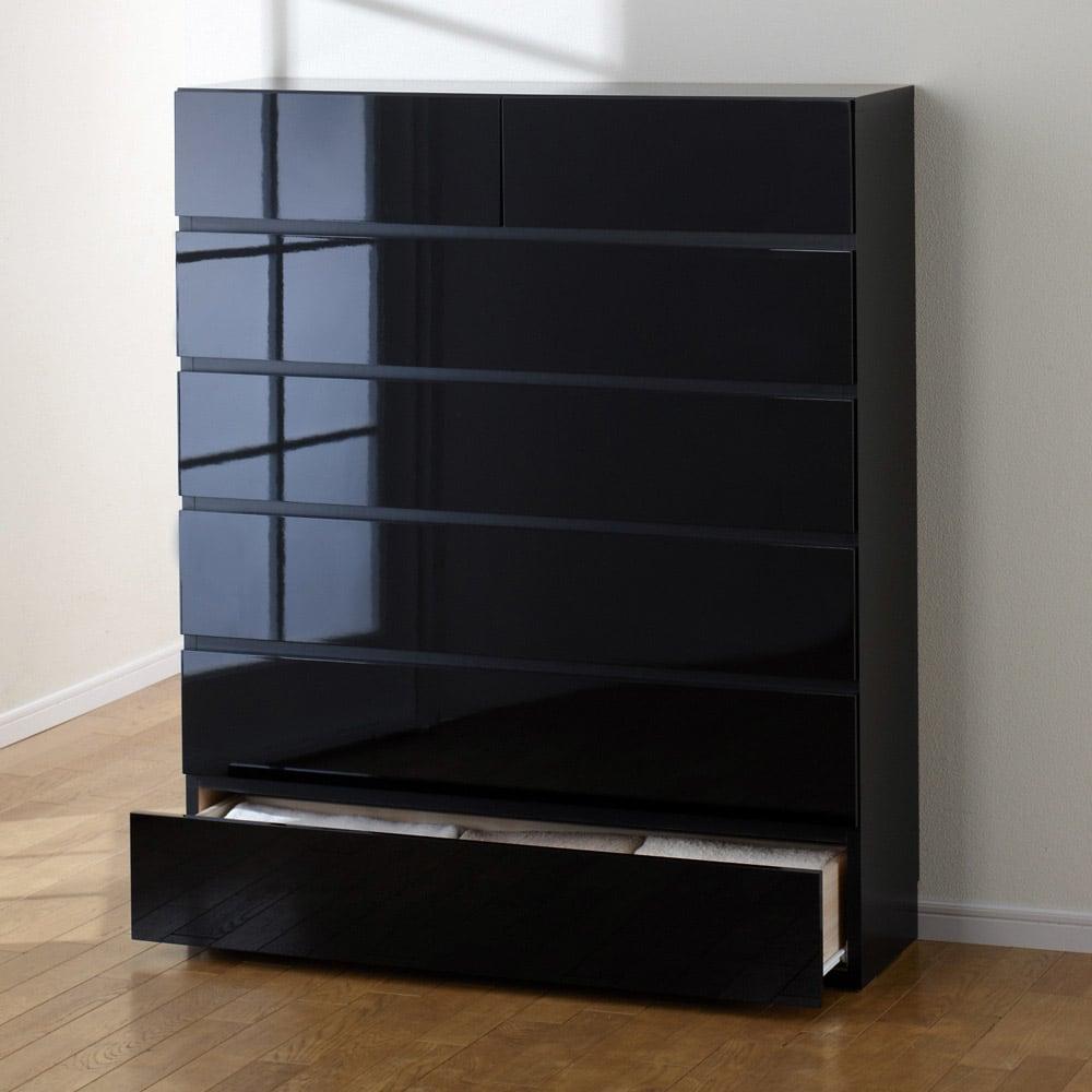 奥行30cm薄型ツヤツヤチェスト 幅100cm・6段 (イ)ブラック ツヤツヤの光沢感を堪能してください。