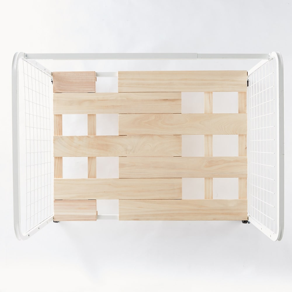 頑丈幅伸縮すのこ布団台シリーズ 押し入れ上段用棚2段 すのこに隙間が生まれないように設計しています。