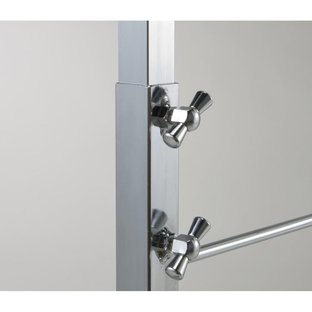 室内で使える ディスプレイサイクルスタンド 1台掛け つまみを回してスタンドの長さを伸縮調整できます。