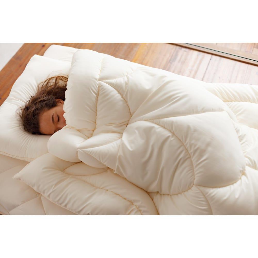 あったか洗える清潔寝具 お得な2枚合わせ掛布団+敷布団+枕 シングル3点セット 使用イメージ