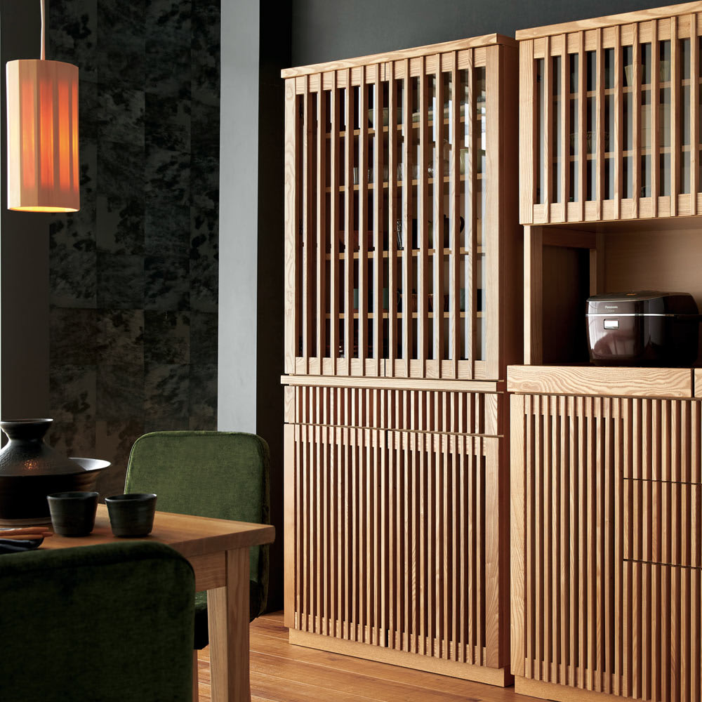 和モダン 格子 ダイニング シリーズ 食器棚 幅90奥行44cm 華やかな格子のデザインが、キッチンのインテリアのアクセントになります。 (ア)ナチュラル