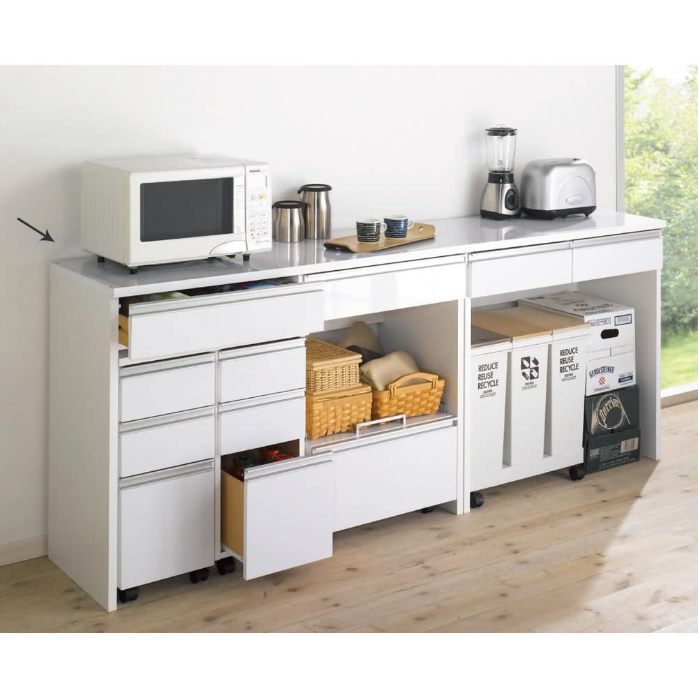 キッチン通路をキレイにする!下オープンダイニングシリーズ カウンター・幅120cm高さ85cm シリーズ商品のチェストやキッチンワゴンを合わせて使いやすいキッチンを。 ※お届けはカウンター幅120cmです。