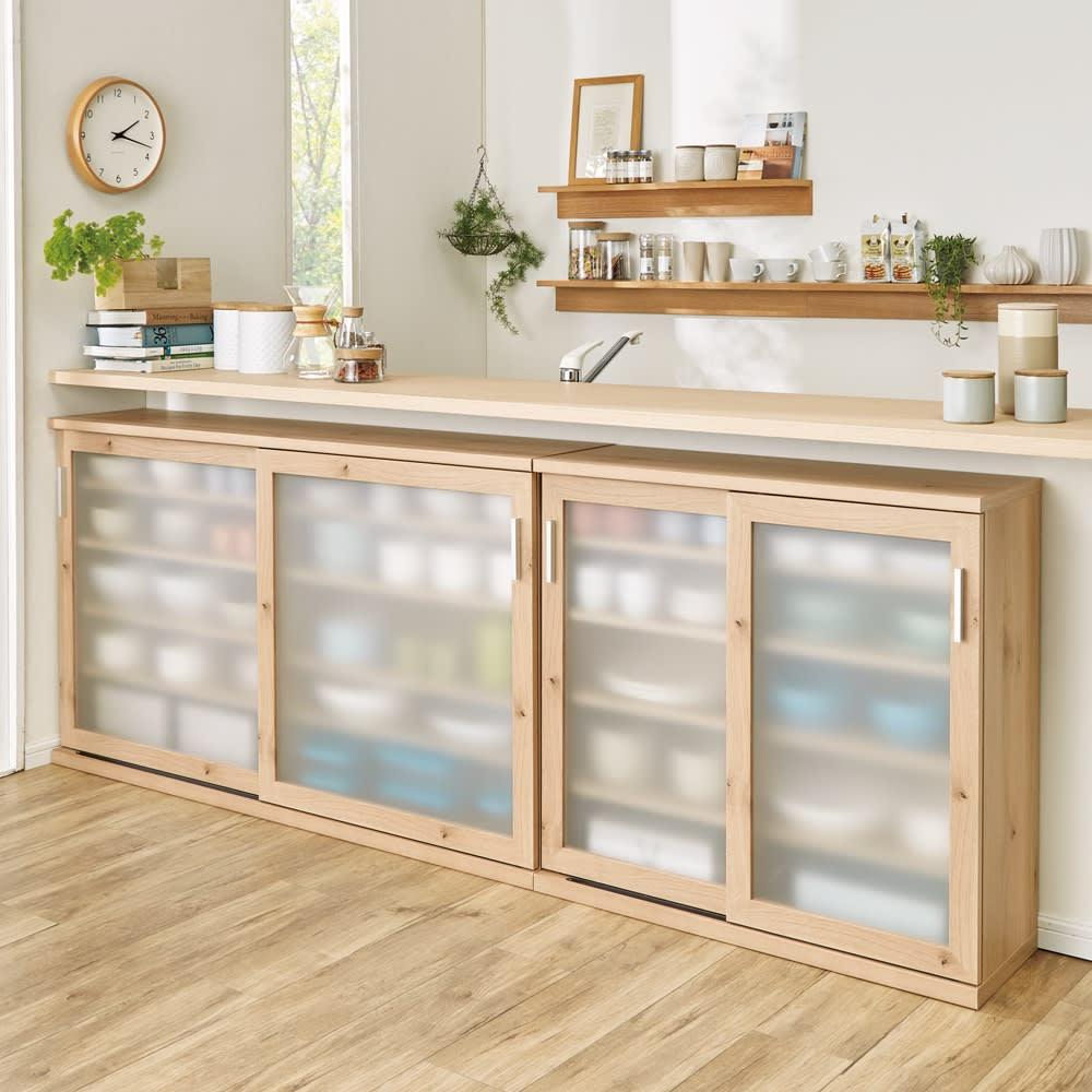 家具 収納 キッチン収納 食器棚 キッチンストッカー 食品ストッカー 引き戸 幅145cm高さ70cm(ほんのり透けるカウンターシリーズ) 550024