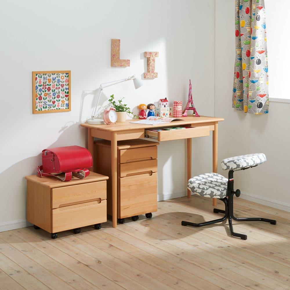 家具 収納 ホームオフィス家具 パソコンデスク ふっくらとしたナチュラルデスク デスク 幅120cm 551710