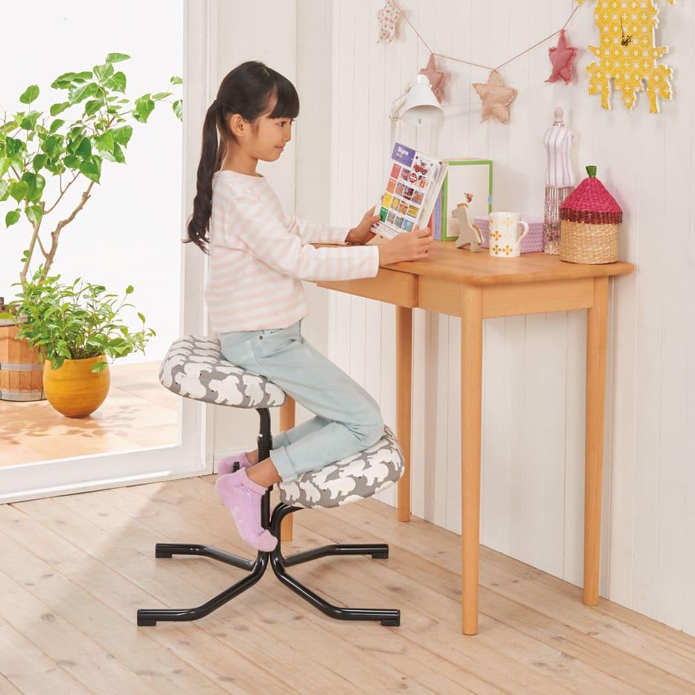 balans バランススタディチェア キッズ ホワイトベア/ストライプブルー/ストライプレッド/ブラック(WEB)/レッド(WEB)/アクア(WEB) 学習机・子供椅子