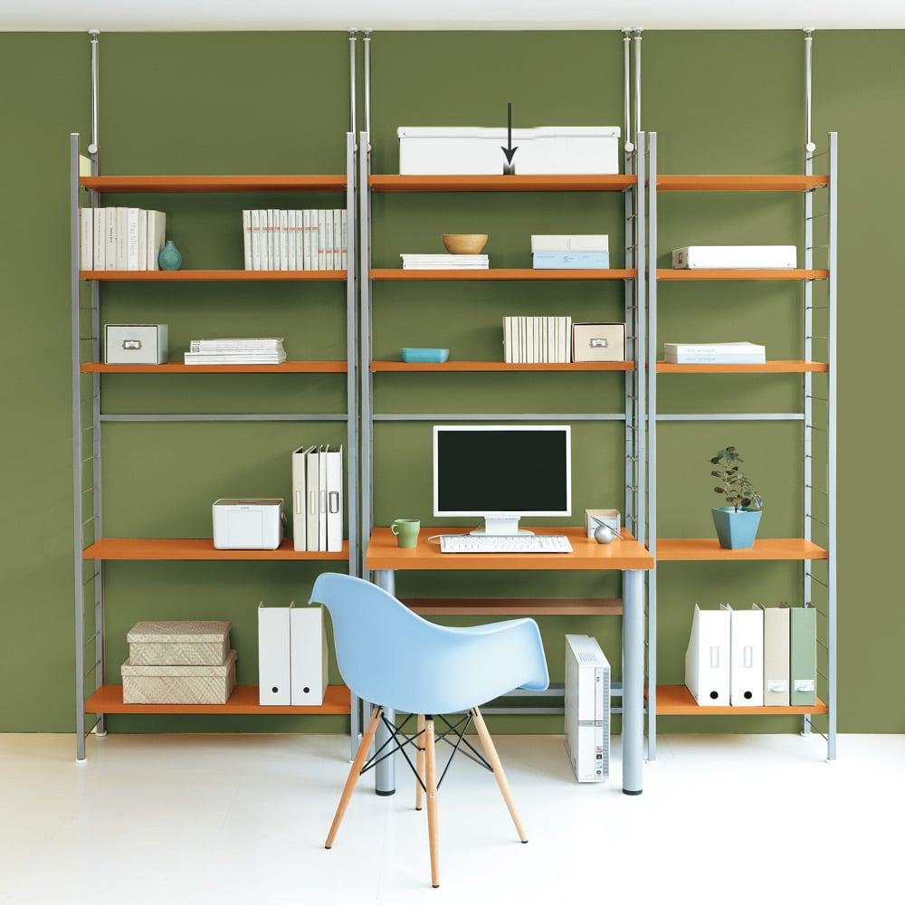 突っ張り式高さ調節シリーズ 伸長デスクラック 幅90cm (ア)ナチュラル:シリーズのシェルフと合わせて快適ワークスペースに。