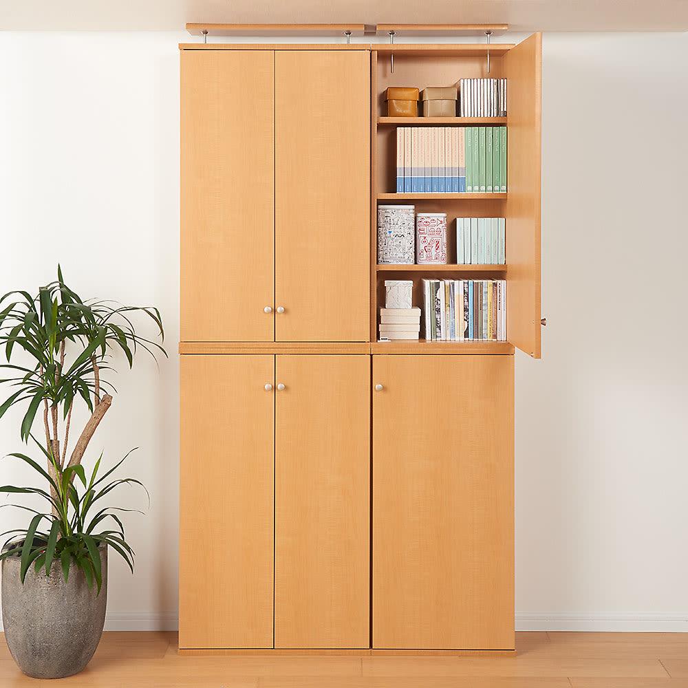 天井対応高さを選べるすっきり突っ張り書棚 奥行22cm・1列棚タイプ 本体高さ210cm(天井対応高さ213~223cm) (使用イメージ)(ア)ライトブラウン