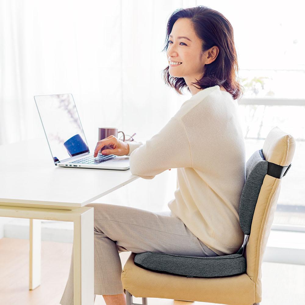 テクノジェル 2点セット(シートクッション&ランバーサポート) おうちでも時間を忘れるほど集中できる感動の座り心地。ランバーサポートとのセット使いで快適この上なし!