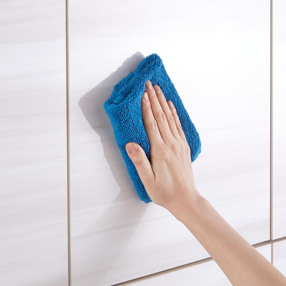 スクエア木目カウンター下収納  3列6マス 幅118cm奥行34cm (ア)~(ウ)前面は美しい光沢素材でお手入れも簡単です。