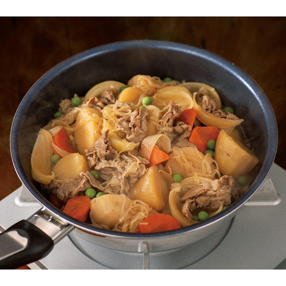 ビタクラフト特別4点セット 調味料の水分と野菜とお肉の水分だけで作った肉じゃが。余分な水分がないのでホクホクです。