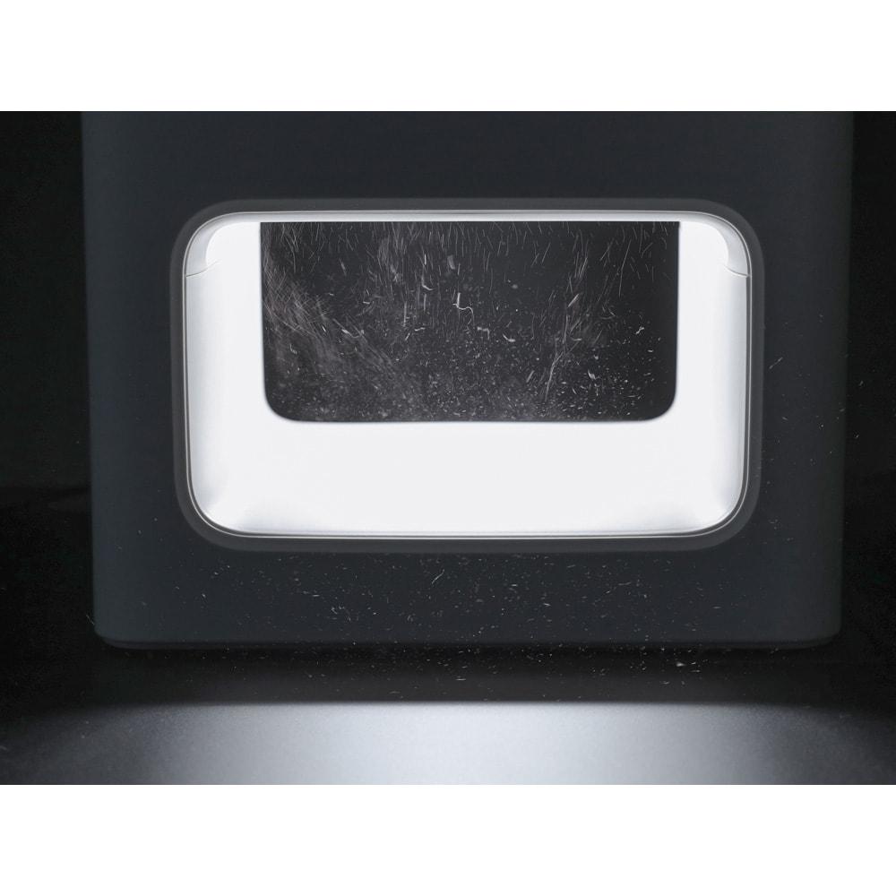 【送料無料】BALMUDA The Pure/バルミューダ ザ ピュア 空気清浄機 デザイン性にも優れた吸気部のLED。動作に連動して光が動き、ホコリが吸い込まれていく様子が目で見えます。