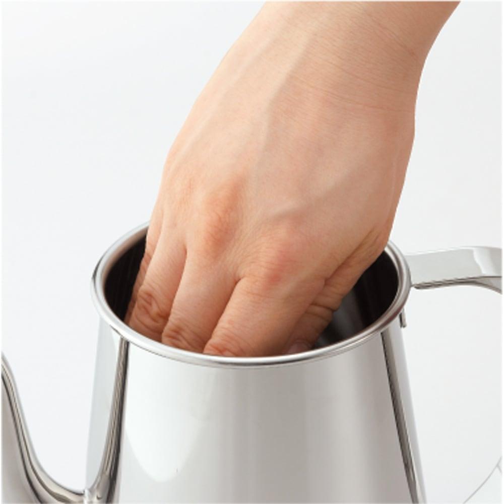 有元葉子のステンレスケトル 口が広いから手を入れて中まで洗えます