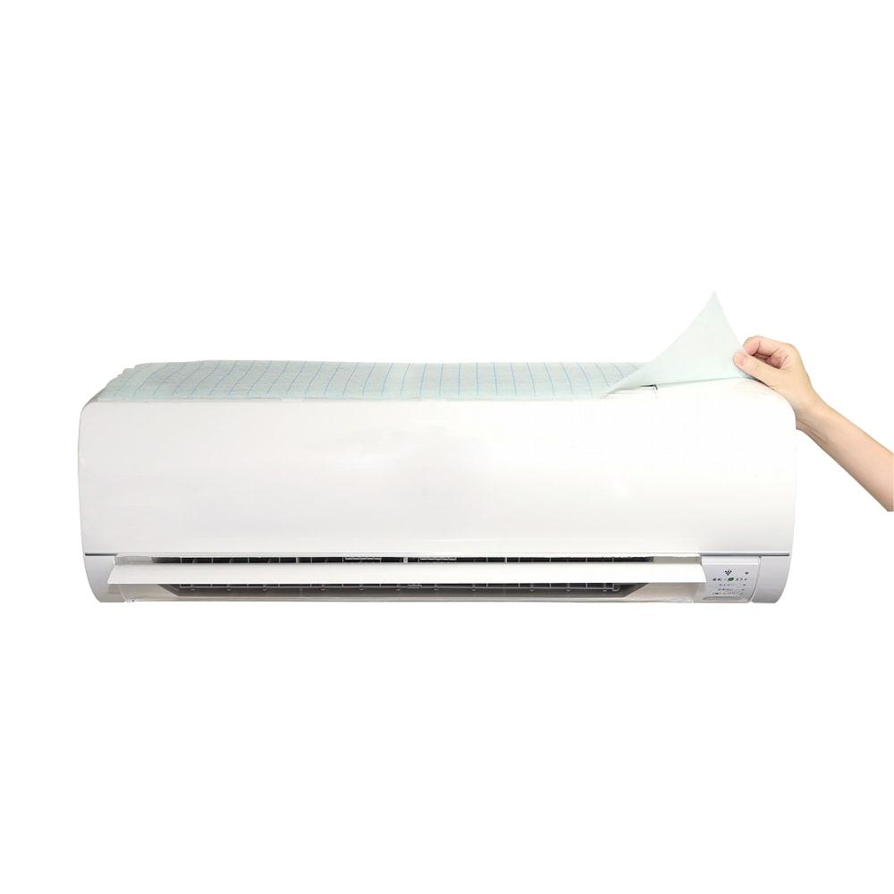 エアコン用除菌・消臭フィルター「ホワイトプラチナム」3枚セット 付属の面テープでおうちのエアコンに取り付けるだけ。設置も取り換えも簡単です。