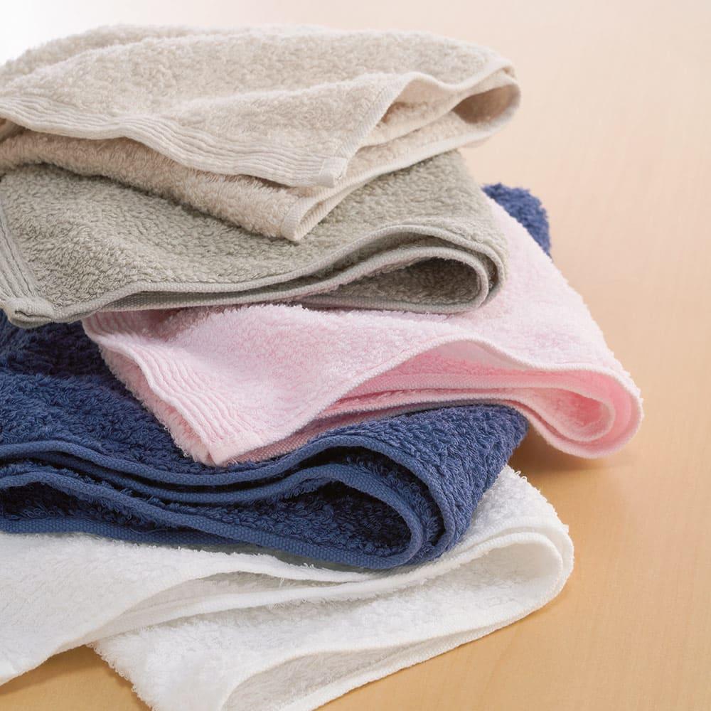 洗うほどやわらかくなるタオル フェイスタオル(色が選べる4枚組) 家族で色分けしてもOK。 ※上から(エ)ベージュ (イ)グレー (ウ)ピンク (オ)ネイビー (ア)ホワイト