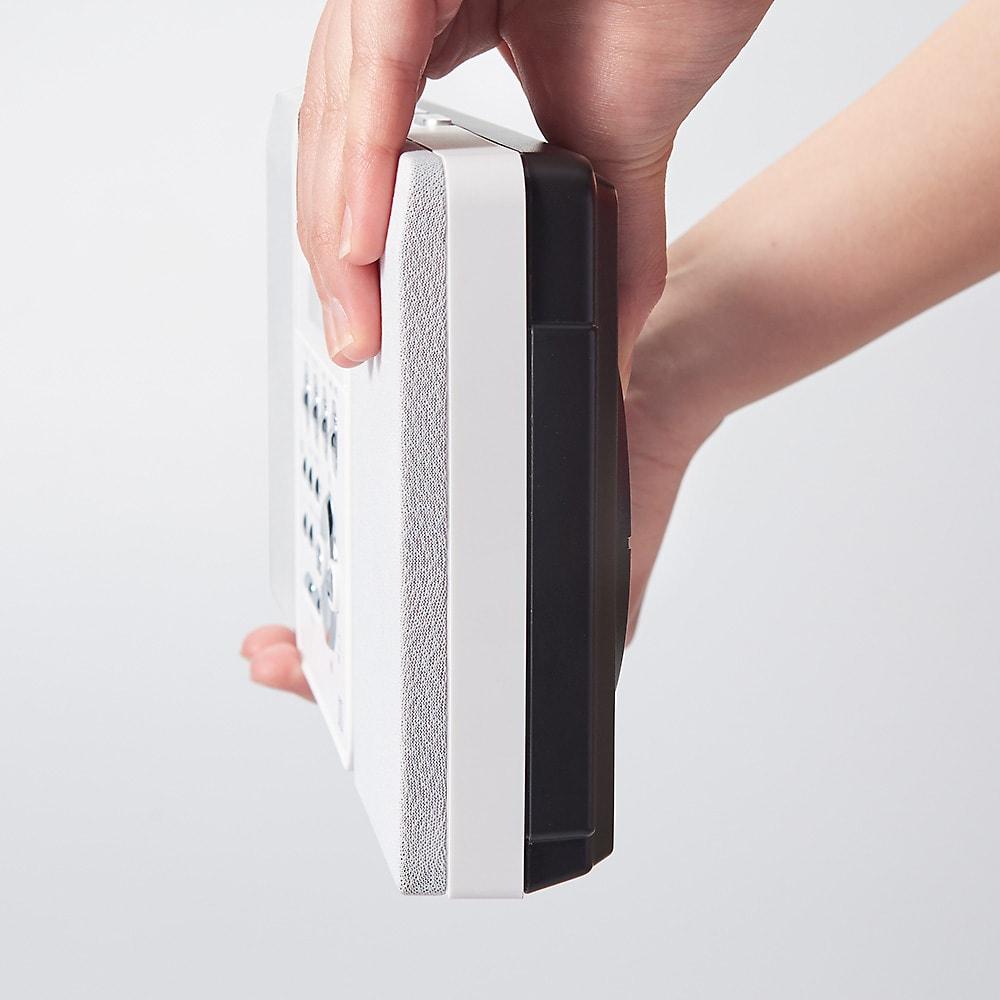 壁掛けCDプレーヤー ムーミンモデル 本体の厚さはわずか5.3cm。