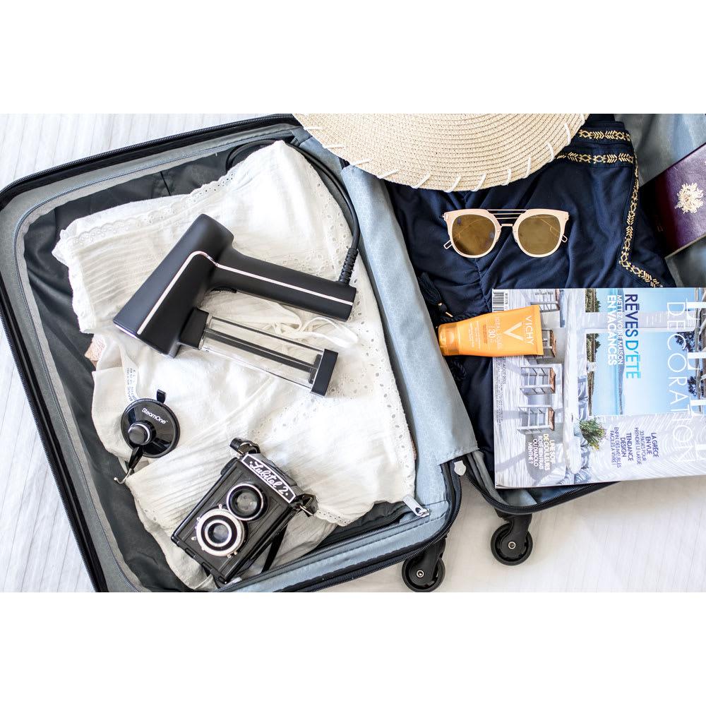 SteamOne (スチームワン)衣類スチーマー 長期の旅行、出張であれば持ち運んでもOK。