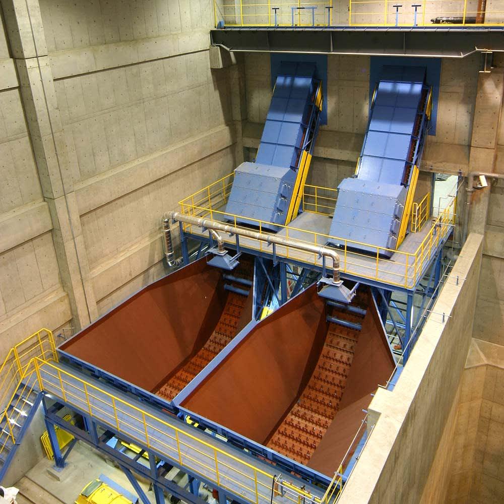 生ごみ減量乾燥機 パリパリキューブライトアルファ 脱臭フィルター2個セット 島産業株式会社が開発。日本各地のリサイクル施設や粗大ゴミ処理施設などを企画・設計・施工を手がける専門企業が開発した生ごみ処理機です。