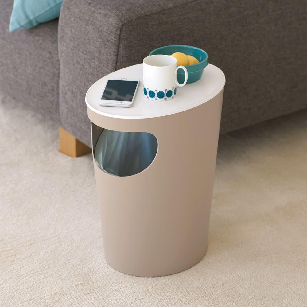 ENOTS くず入れサイドテーブル [I'mD/アイムディー] (ウ)ホワイト 上にティッシュを置けば、使用後に捨てるのもスムーズ。