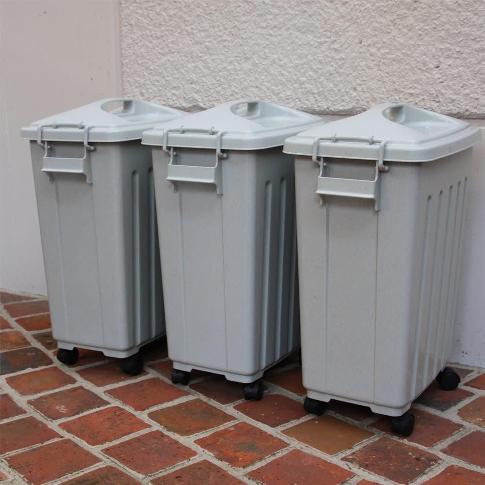 ペール40L キャスター付き 3個組 お住まいのゴミの分別種類に合わせてお選びください。