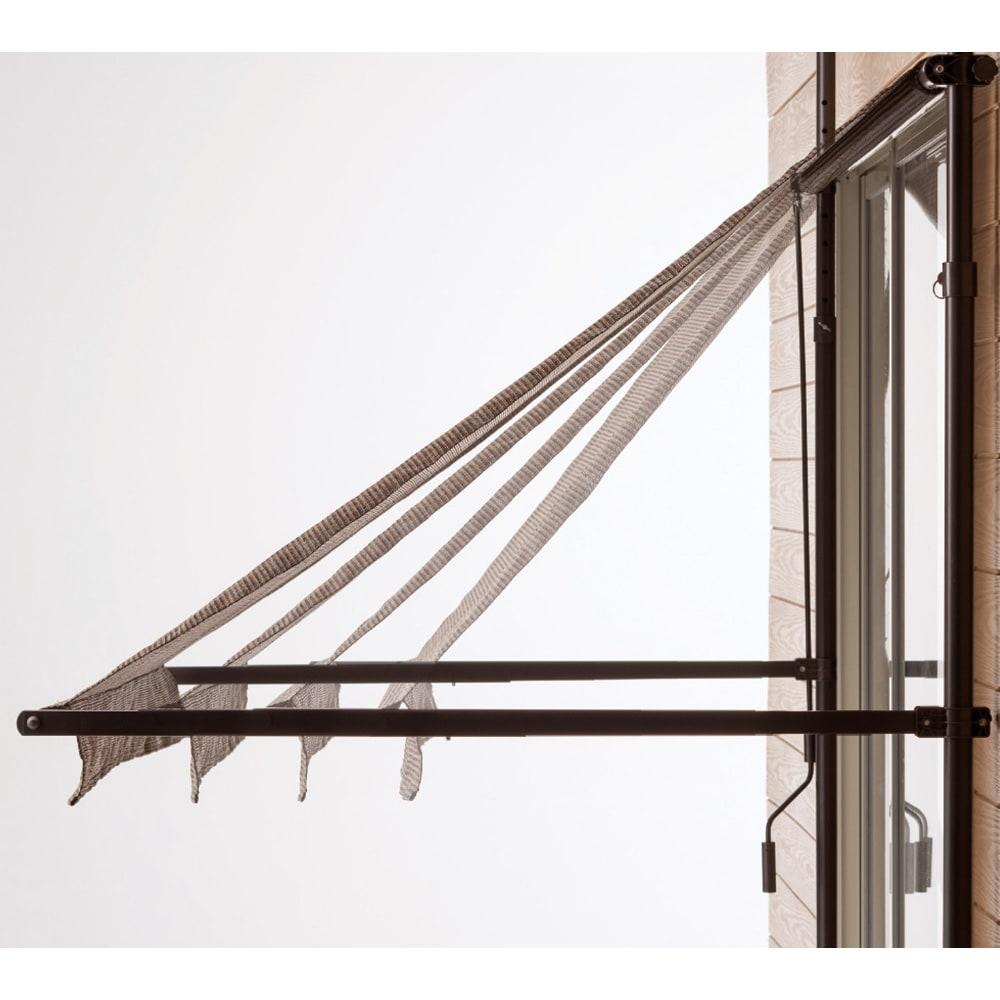 サマーオーニング つっぱり式 幅310cm アームの長さは4段階に調節可能。