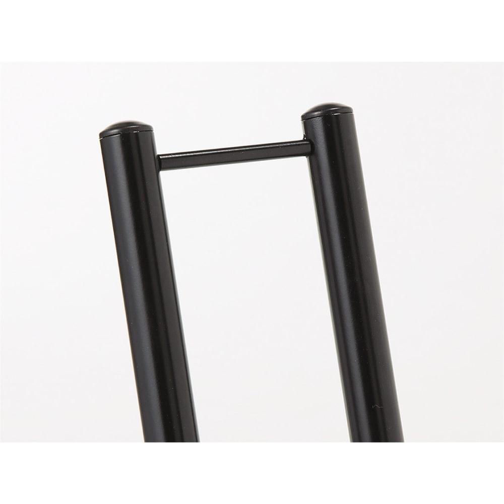 スロープ付き電動自転車スタンド 1台用 電動自転車の太いタイヤに対応。タイヤ幅6cm、20-26インチ対応です。