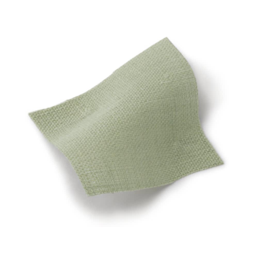 【LINEN & BASIC/リネン&ベーシック】 リネンのれん(1枚)約幅45cm 無地タイプ (ウ)グリーン 生地アップ さりげなく目隠ししながら光は通す、ほどよい透け感のあるリネン生地。