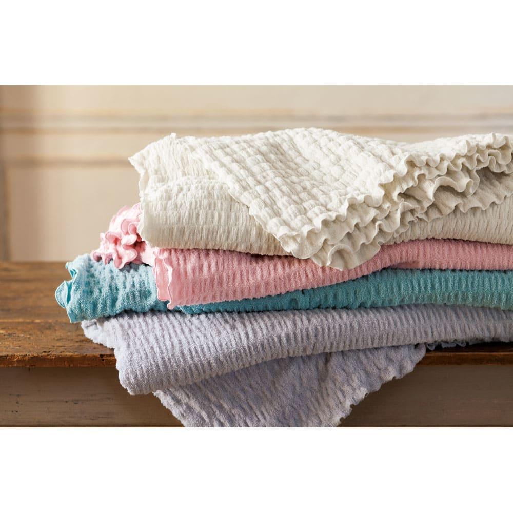 ふわふわ感が長く続く 新・くしゅくしゅ&ふわふわタオル寝具シリーズ ピローケース普通版 上から(ア)ホワイト (ウ)ピンク (エ)ブルーグリーン (イ)グレー ※色見本。画像はタオルケットです。