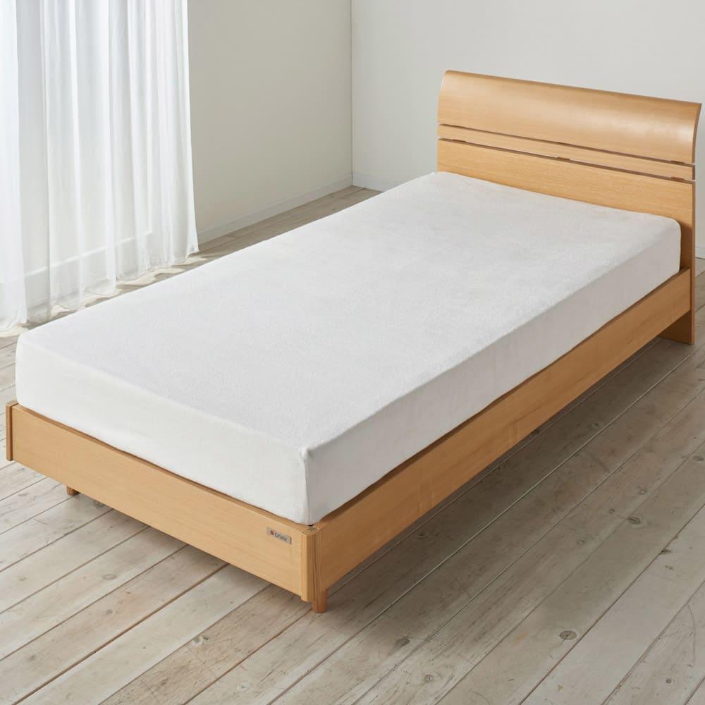 ミクロガード(R)防ダニ用寝具プロテクター マットレス用 目立ちにくいホワイトカラー。
