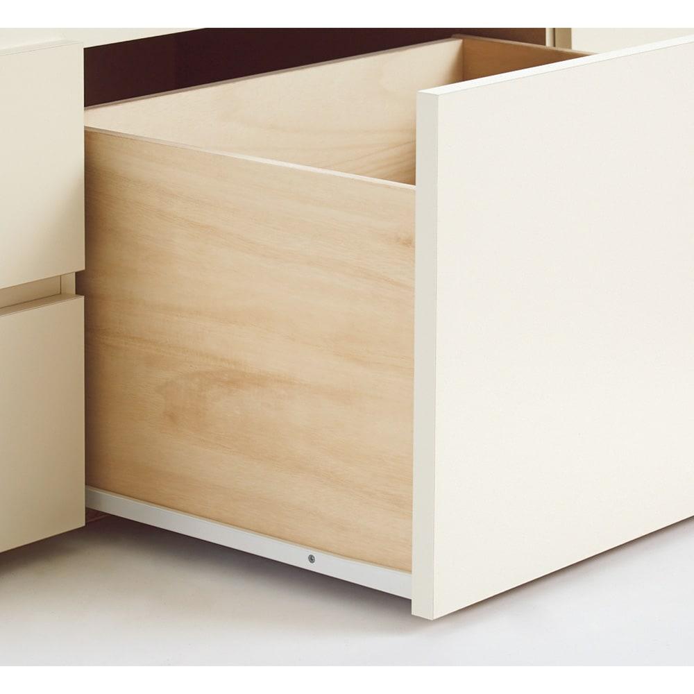 省スペース対応コンパクトチェストベッド(国産ボンネルコイルマットレス付き) レギュラー(長さ199cm) 引き出しはスライドレール付きで開閉スムーズ。