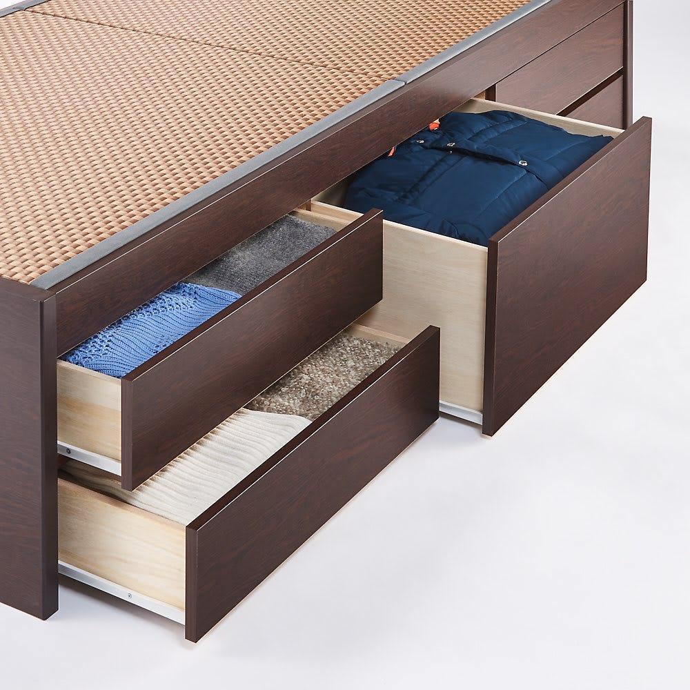 美草畳収納付きベッド 棚なし 引き出しは5杯。衣類やタオルなどたっぷりと収納できます。