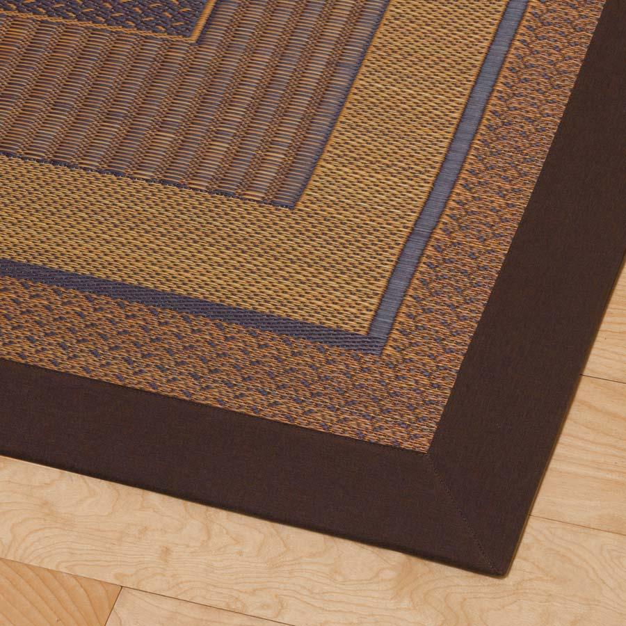 紋織りい草ラグ裏付き・太ベリ〈ランクス〉 【太べり】センターラグにはワイドな太べりを使用。